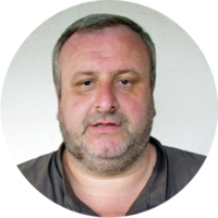 Padre Roberto Nava